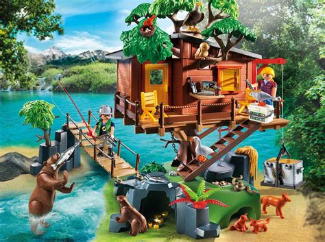 adventures in the construction world a house built out of amazon com playmobil adventure tree house toys games
