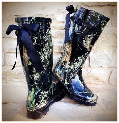 Womens Camo Rubber Boots by 27 Awesome Womens Camo Boots Sobatapk