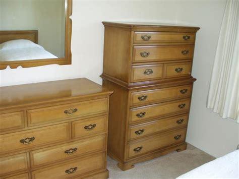 early american bedroom furniture bedroom set 6 pc early american solid wood unique furniture mfg antique