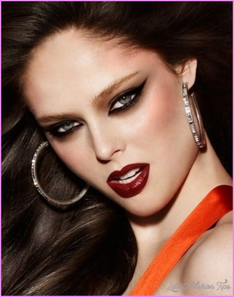 tips hairstyles makeup and fashion tips for coco rocha hairstyles and makeup latestfashiontips