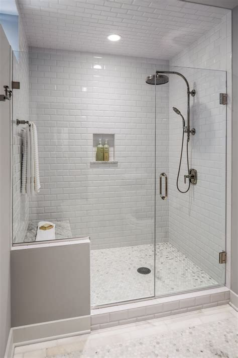 25 best ideas about subway tile bathrooms on pinterest best 25 subway tile showers ideas on pinterest grey tile