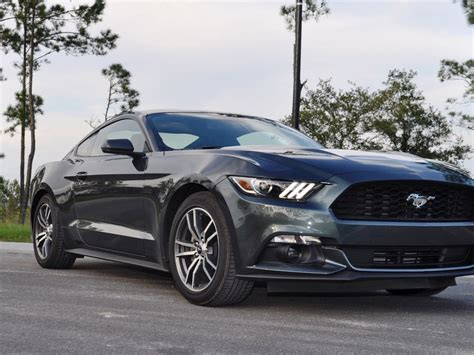 2015 ford mustang ecoboost automatic review 9