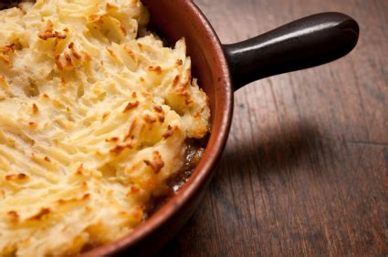 Potato Vancouver by Or Mutton Shepherd S Pie With Cheddar Mashed Potatoes