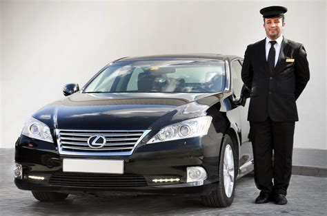 limousine taxi dubat taxi launches limo service for the tourist sector