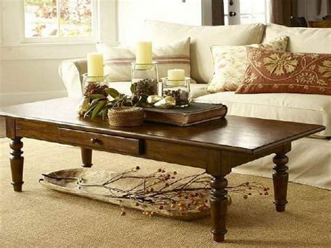 pictures of sofa tables decorated 17 best ideas about coffee table runner on