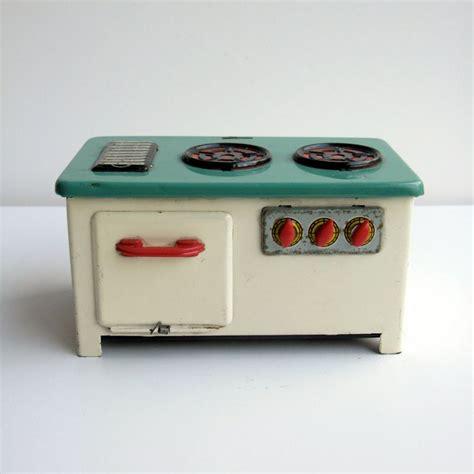 toy range 1950s tin plate toy stove cream mint green tin metal