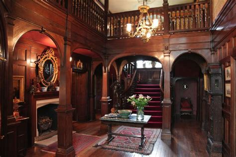North Dakota House wooden panelled hall with a minstrals gallery in the