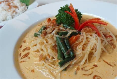 nasi uduk membuat gemuk enaknya sarapan lontong sayur medan dan nasi gemuk khas jambi