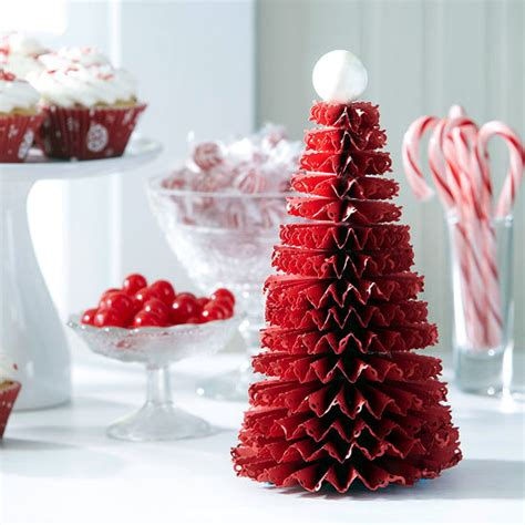 christmas craft idea for decorating the christmas table