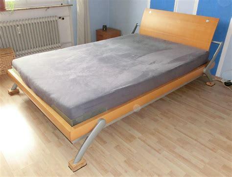 bett 140x220 mit matratze verkaufe bett huelsta 140x220 mit lattenrosten und
