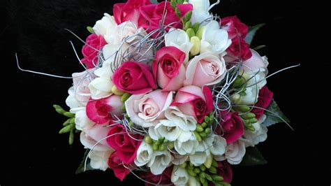 themes beautiful rose beautiful rose flowers bouquet hd wallpaper hd latest
