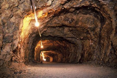 underground vault by yali shi matsushiro zozan underground vault nagano city official