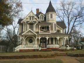 Victorian House Style Victorian Style Home