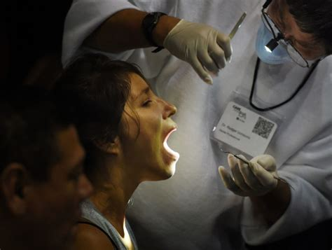does the emergency room a dentist prescription from er doctor expand dental programs toronto