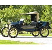 1915 Ford Model T  Volo Auto Museum