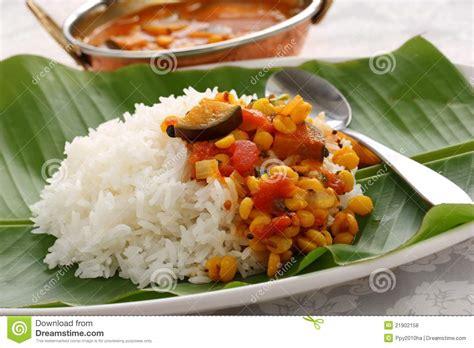 cuisine cor馥 du sud sambar et riz cuisine indienne du sud photos libres de