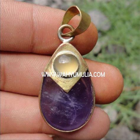 Liontin Akik Kalimantan batu liontin kecubung ungu dan moonstone kode 180 wahyu mulia