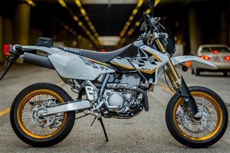 Suzuki Drz400sm Review 2015 Suzuki Dr Z400sm Review Revzilla