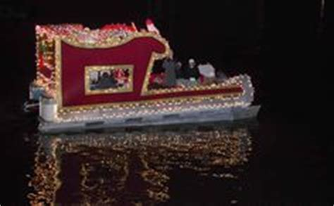 decorate rzr 1000 for christmas parade 1000 images about boat parade floats on pontoon boats coconut bra and boats