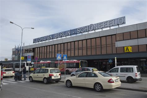 currywurst stand at berlin airport shuts