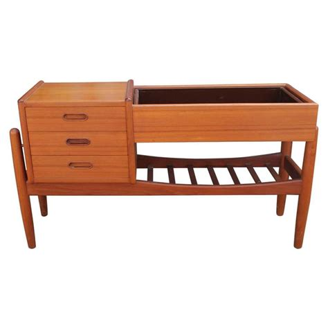 Table Planter by Arne Wahl Iversen Teak Side Table With Planter At 1stdibs