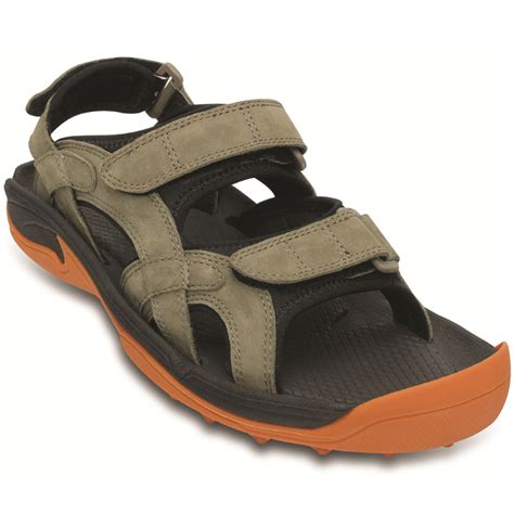 mens crocs sandals crocs mens sandals www imgkid the image kid has it