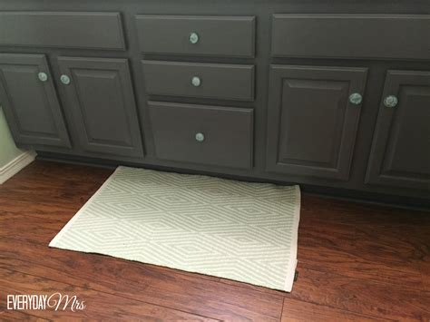 how to use milk paint on cabinets beauteous 30 painting bathroom cabinets with milk paint