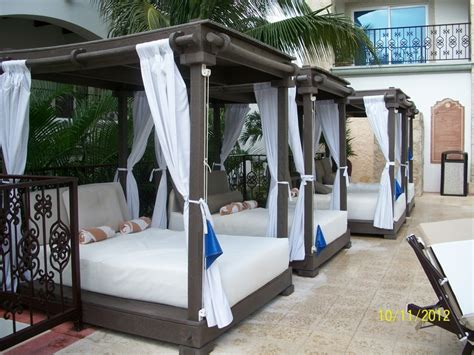 cabana bed poolside cabana bed www imgkid com the image kid has it