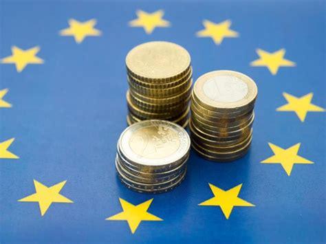 zinsen bei banken europas zinsen locken die besten festgeldangebote n tv de