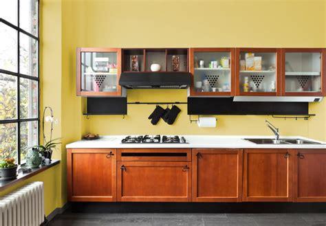 i migliori colori delle pareti per una cucina classica