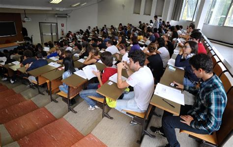 test ingresso economia aziendale universit 224 test d ingresso prima della maturit 224 da