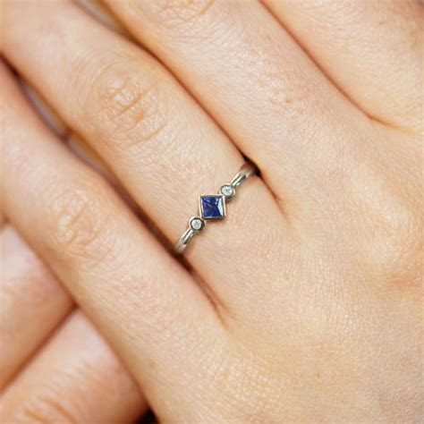 9 carat white gold 0 23ct sapphire and 0 04ct