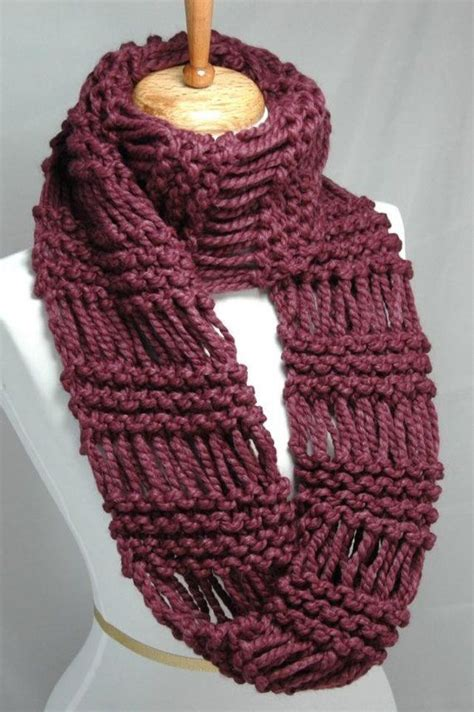mobius cowl free knitting pattern the chic drop stitch mobius cowl scarf