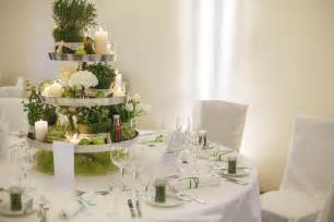 four ideas for wedding table decorations easy weddings