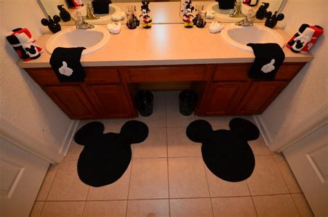 mickey mouse themed bathroom mickey mouse bathroom decorating ideas decor pictures