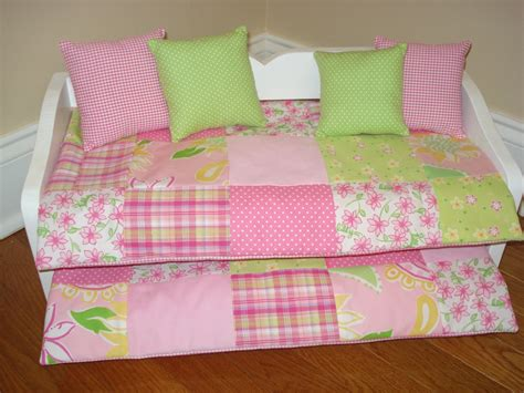 Classic Style Daybed Bedding For Girls ? HOUSE PHOTOS