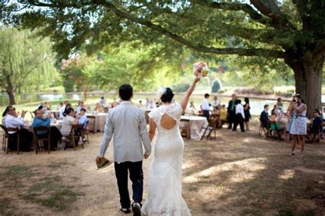 planning a rustic wedding on budget 2 how to plan a rustic wedding on a budget rustic wedding chic