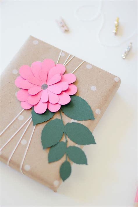 How To Make A Flower Out Of Wrapping Paper - 25 best ideas about birthday gift wrapping on