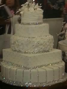 Crystal Chandelier Cake Stand Show Me Your Cake Weddingbee