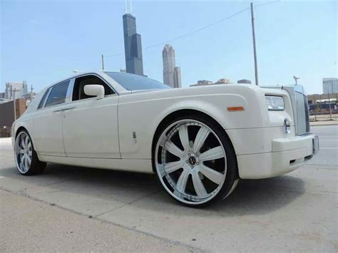 customized rolls royce phantom white on white rolls royce ghost with custom 26 inch