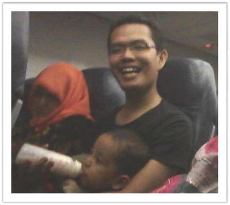 tips naik pesawat balita 7 tips nyaman membawa bayi naik pesawat dunia biza