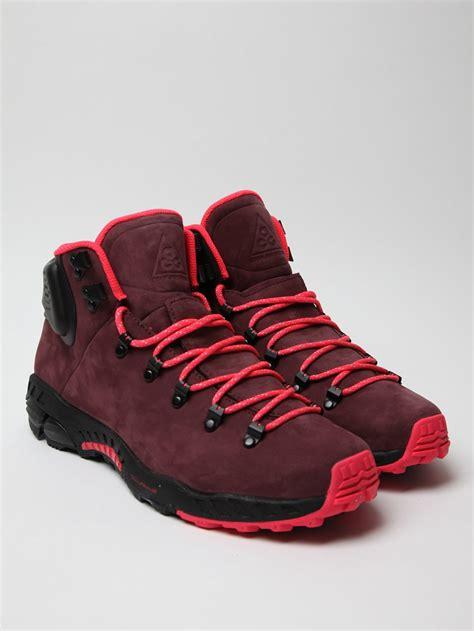 nike walking boots mens nike mens zoom meriwether hiking boot in purple for lyst