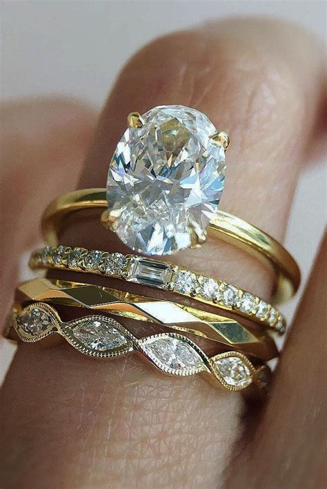 perfect solitaire engagement rings  women oval