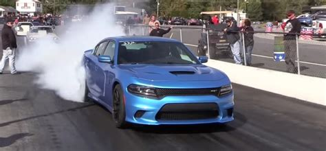 charger hellcat burnout 1000hp hellcat charger on the quarter mile dodgeforum com