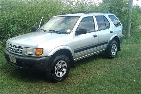 1998 isuzu rodeo ls sport utility 4d pictures and videos pin 1998 isuzu rodeo ls sport utility 4d riverton ut owned by on