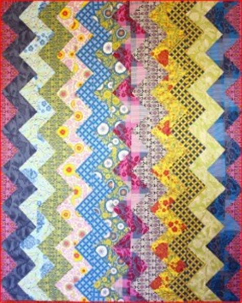 Chevron Stripe Quilt Pattern by Colored Chevron Stripe Quilt Favequilts