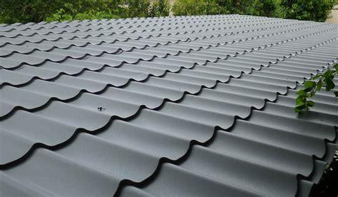 panneau tuile robs type de couvertures de toiture decochalet