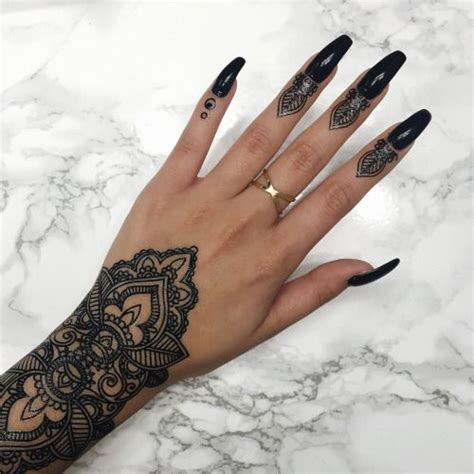 finger tattoo designs tumblr finger henna www pixshark images galleries