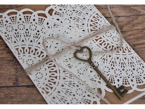 Hochzeitskarten Mit Spitze hochzeitseinladungen vintage style mit spitze