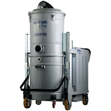 vacuum dust nilfisk industrial vacuum for hazardous dust